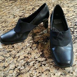 Black Leather Shoes Mootsies Tootsies